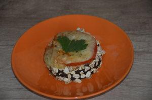 Zapekaný baklažán s mozzarellou - obal z ovsených vločiek