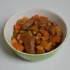 Pomaly varené hovädzie mäso so zeleninou