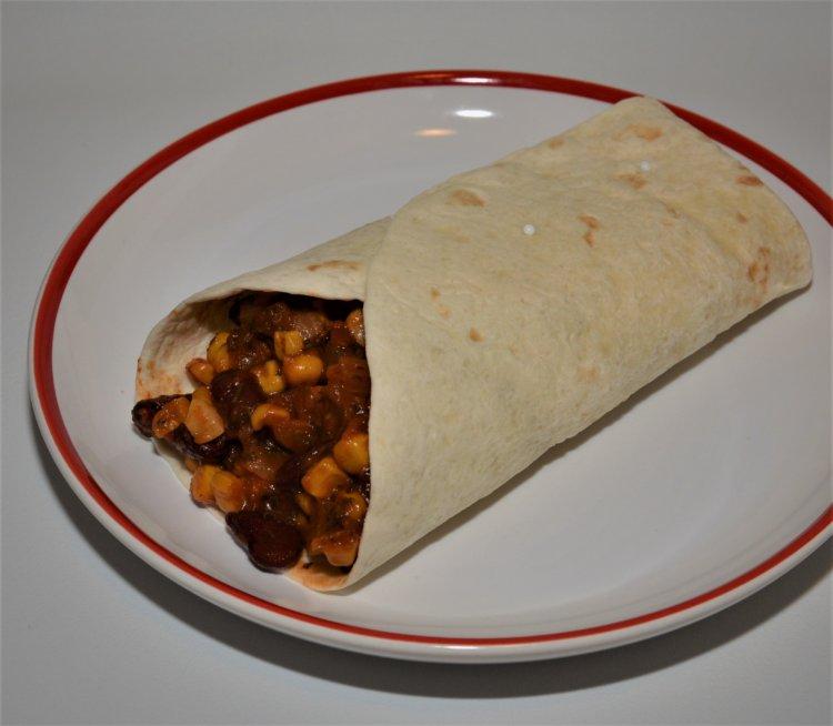 Tortilla s fazuľovou salsou