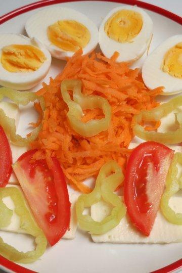 Zeleninový tanier s balkánskym syrom